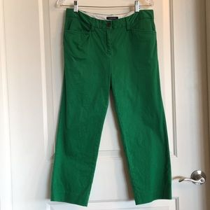 Lands' End kelly green cropped chinos